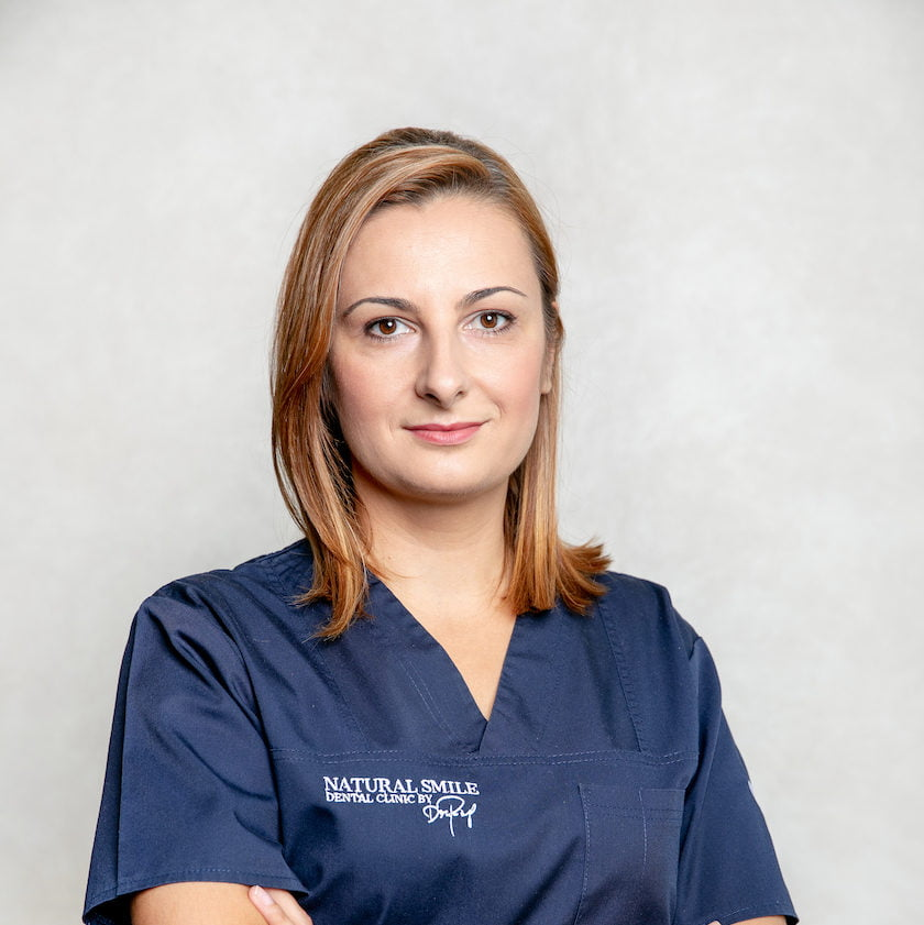DR. DIANA MUNTEANU